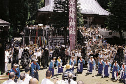 photograph:Hayachine Shrine Annual Festival