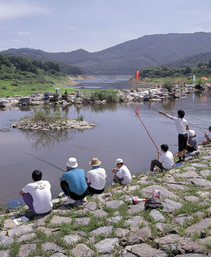 photograph:Lake Tase Fishing Park