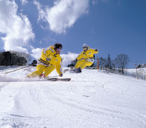 photograph:Namari Onsen Ski Resort